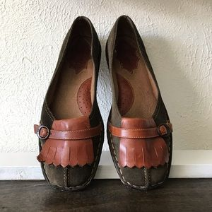 Born Green Leather Loafers with Brown Fringe